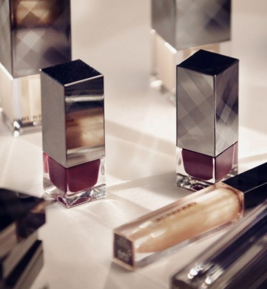 collection-de-vernis-burberry
